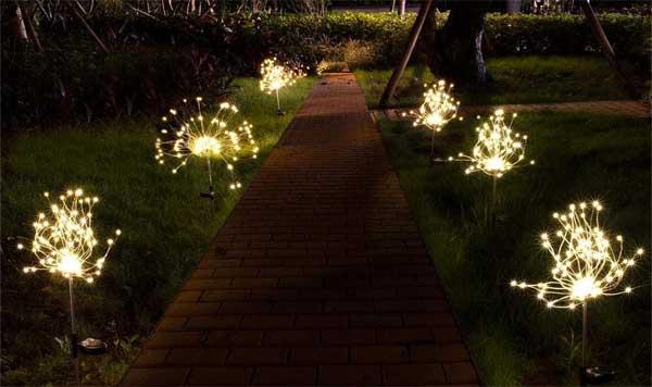 Solar Firework Pathway Lights that Look Like Sparkler Fireworks